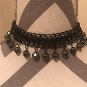 Express choker. Great for a night out.